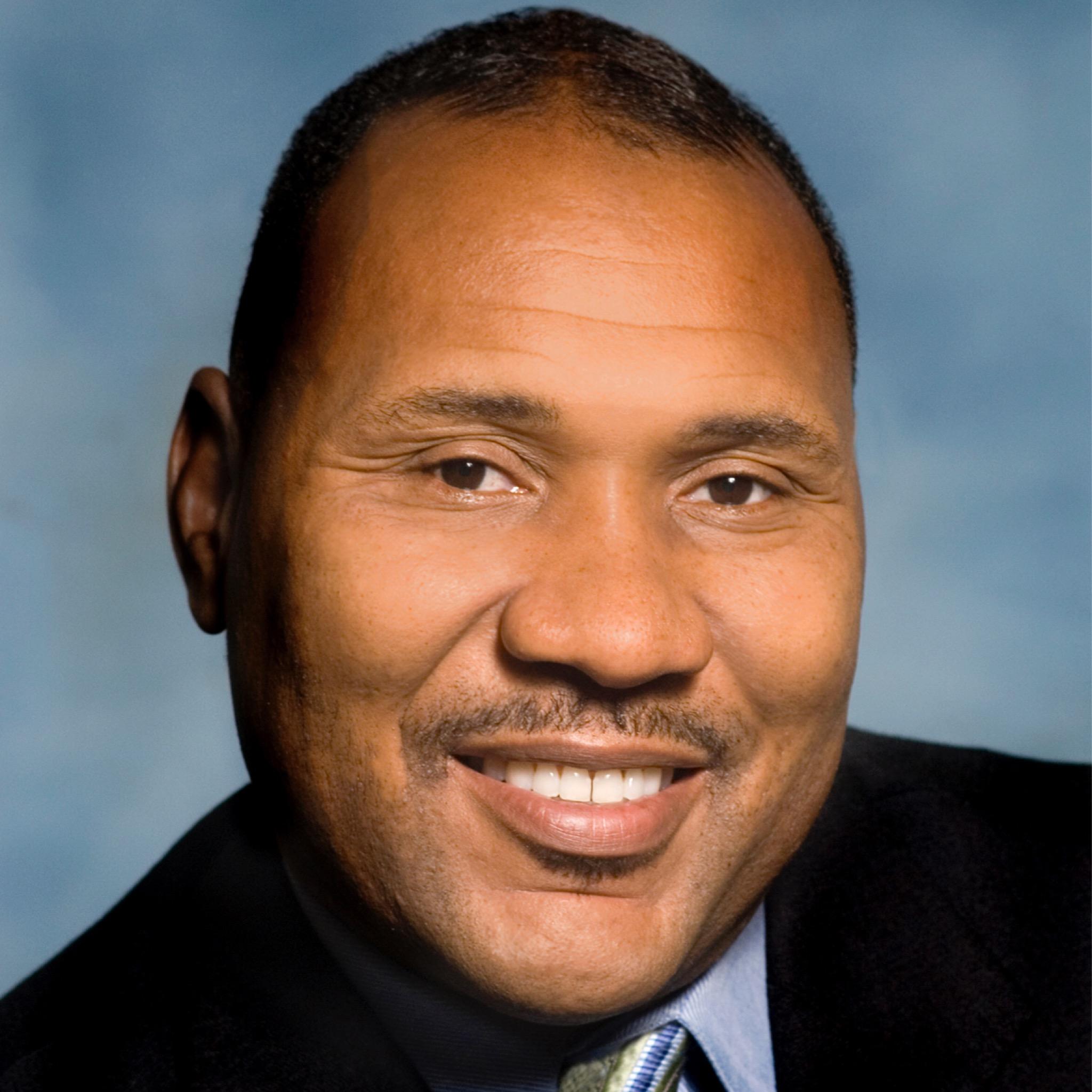 Derrick Howard